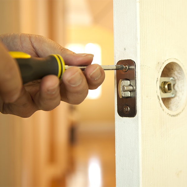 repair locksmith Bristol
