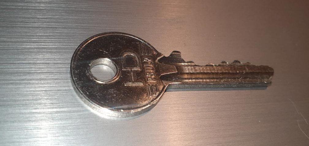 locksmith Bristol silver key